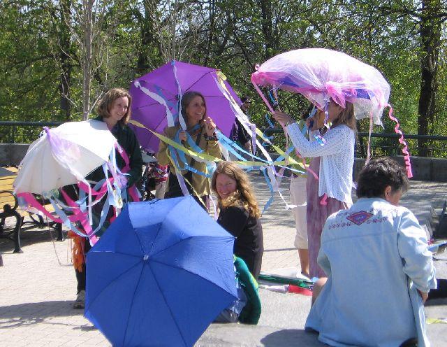 earth-fair-parade-2