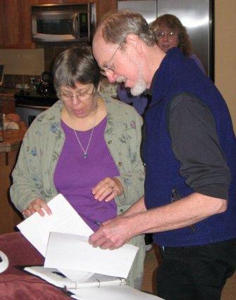 4bill-signs-membership-paperwork