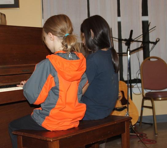 piano-duet