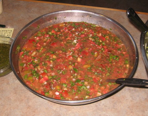 Raw Tomato Sauce for Zoodles