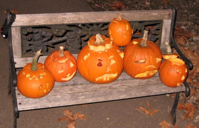 HalloweenPumpkinsonBench
